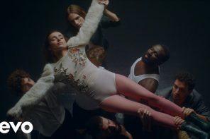 Zahara presenta Puta en Sevilla Alive